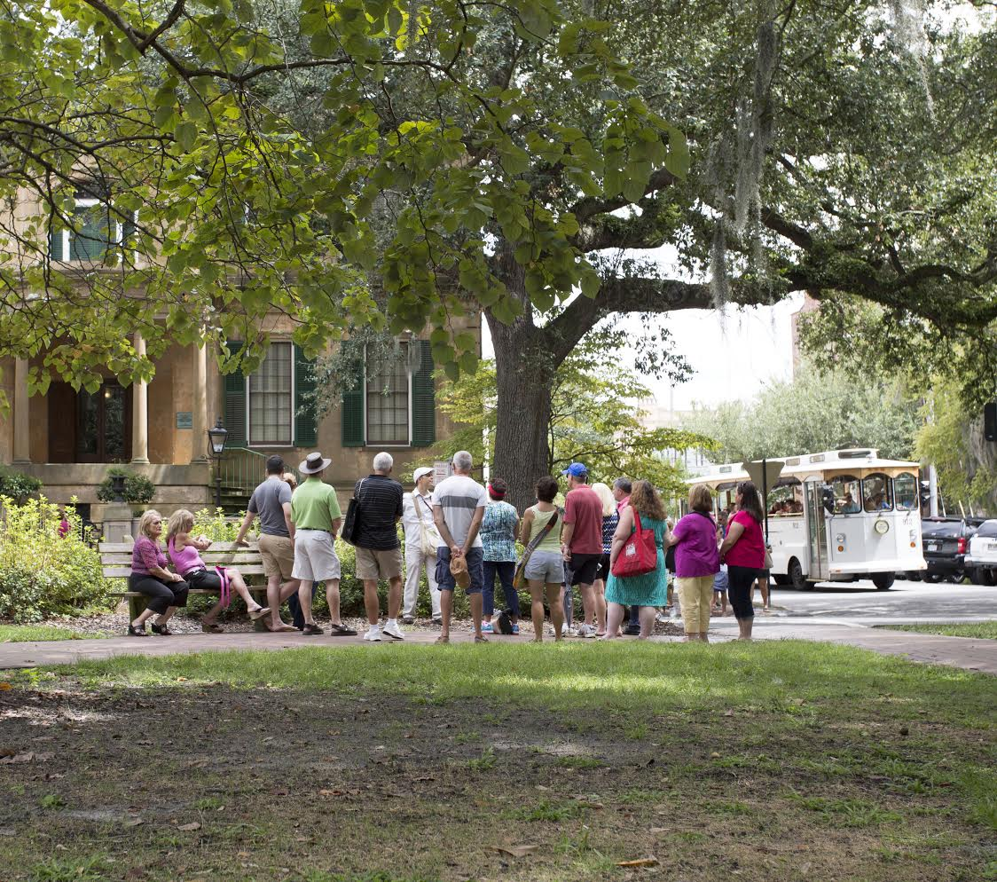 """ff73a5bffcf70 So if you were thinking, """"how do I fill my time in Savannah and what  activity offers me the most?"""", the Free Savannah Tours has got you covered."""